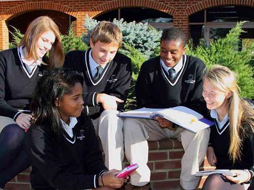 在挑選美國高中時 該為孩子注意哪些要點?